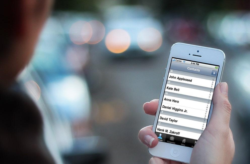 copiare contatti da iphone a SIM